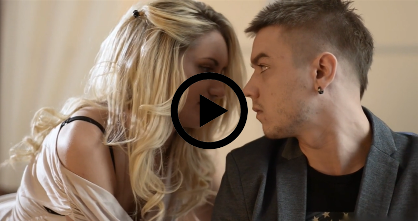 Sex viabo blonde moeders Porn