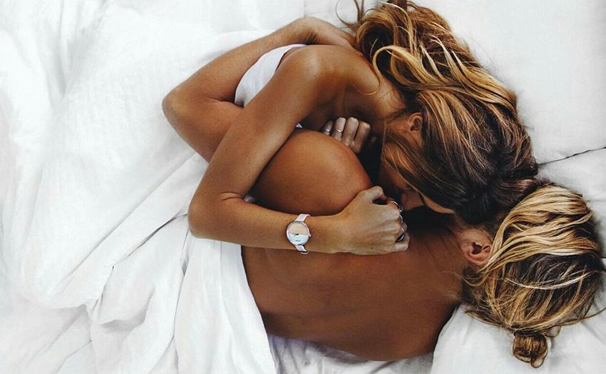 Hoe Spice up lesbische seksleven gratis lelijke porno Videos